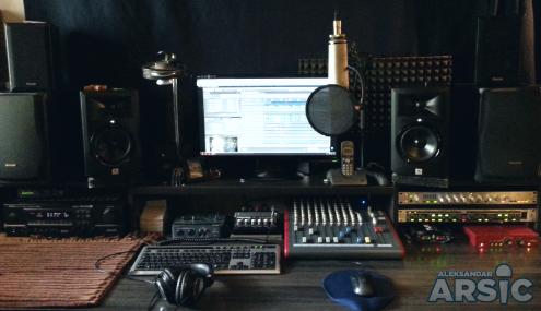 vo-voice-over-production-serbia-recording-studio